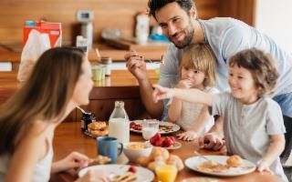 Una buona colazione può essere la chiave della felicità