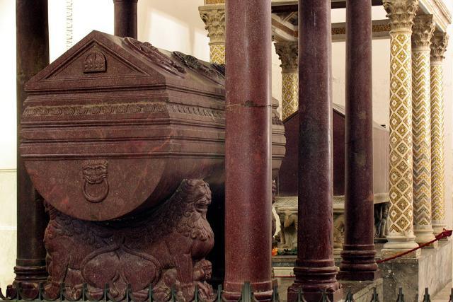 Le tombe di Federico II e Ruggero II