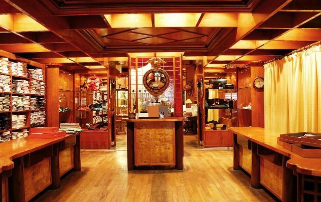 Lo storico negozio di abbigliamento Alongi, a Palermo