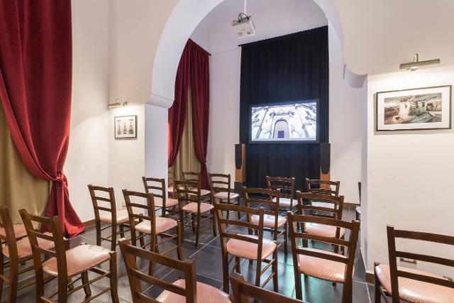 La sala proiezioni realizzata all'interno di Palazzo Cosentini