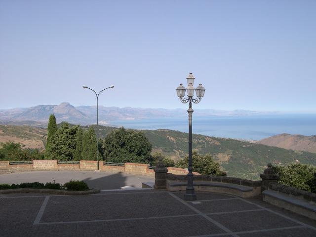 Dallo spiazzale del Santuario di Gibilmanna - ph Archenzo