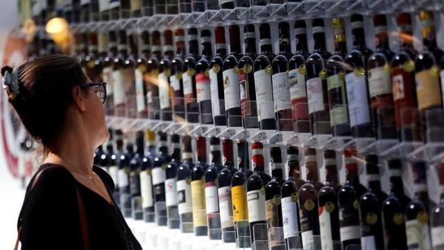 """Ricerca IRi """"Il vino italiano nella Gdo tra flessione nelle vendite e recupero di valore"""" - Vinitaly"""