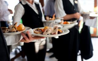 La Sicilia alla ricerca di pasticceri, sommelier e chef de rang
