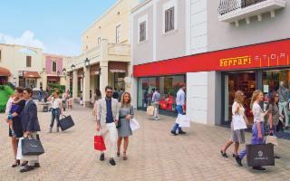 Vacanze di Pasqua all'insegna dello shopping nella splendida Sicilia o nella magica Torino