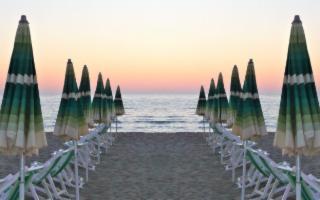 Questa estate potremo andare al mare? E se sì, come?