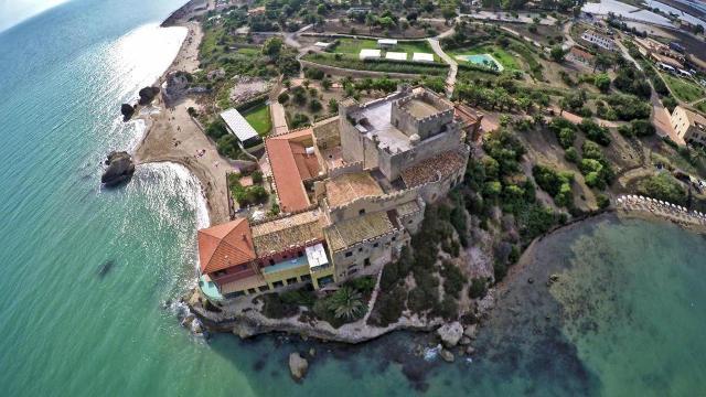 Foto aerea del Castello di Falconara di Nino Buzzone
