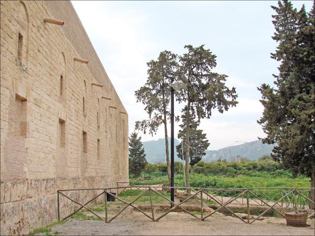 Lato posteriore del Castello di Maredolce - ph Jean-Pierre Dalbéra