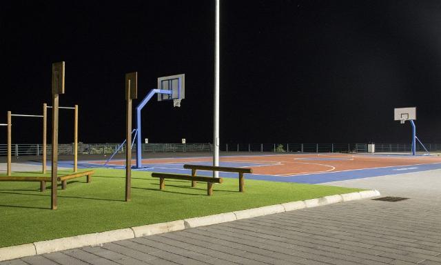Il campo di basket di Piazza Nettuno, Lungomare di Catania