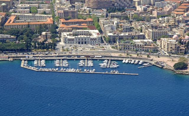 Marina del Nettuno, primo approdo turistico siciliano premiato con la Bandiera Blu