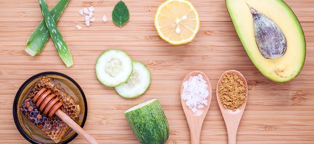 Dal punto di vista degli ingredienti, i più amati sono l'olio d'Argan, l'olio d'oliva, quello di jojoba, di mandorla o di avocado...