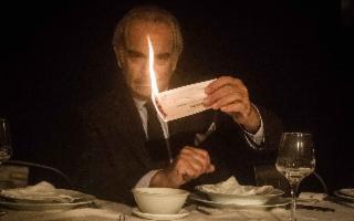 ''La Cena'': lo spettacolo di Giuseppe Manfridi