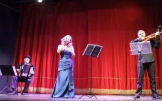 Melodica - Trio d'Autore in ''Rosso Tango''