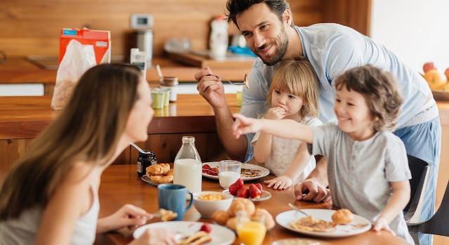 """Tornare in forma grazie al """"Breakslow"""", la tendenza d'Oltreoceano che considera la colazione come un momento di gratificazione e condivisione con le persone a cui si vuole più bene."""