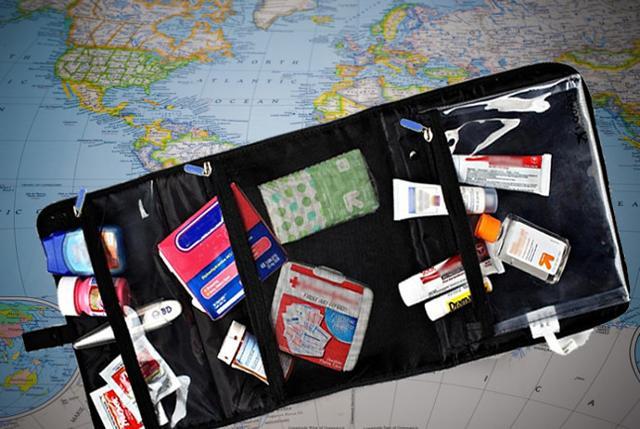 """Con """"Farmacia in viaggio"""" si avranno informazioni pratiche su quali sono i rischi maggiori che riguardano le varie zone del mondo..."""