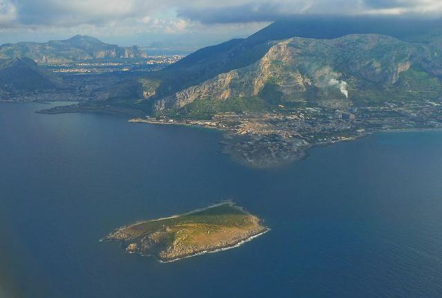 L'isola delle Femmine, vista da nord - ph Gigi Agostino