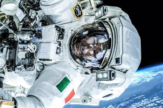 Luca Parmitano nello spazio