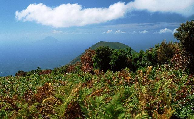 Vista dal Monte Fossa delle Felci - ph Benutzer:Hase