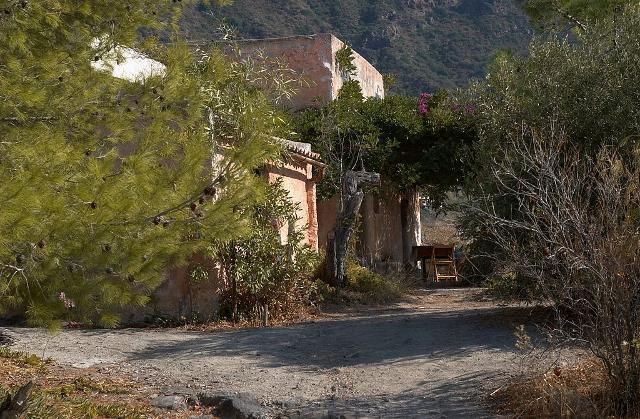 La casa in cui venne girato il film 'Il Postino' di Massimo Troisi - ph Tore Urnes