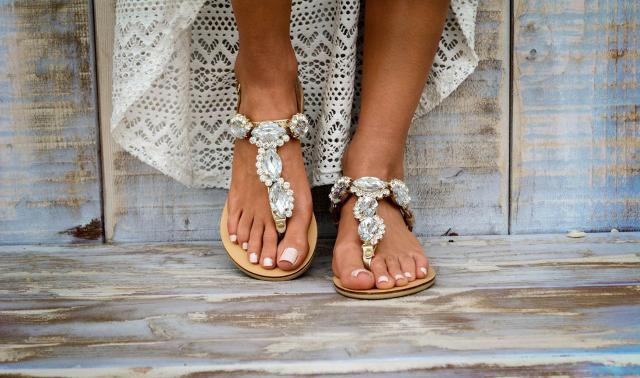 Le ragazze di Brooklyn dettano tendenza anche per quanto riguarda le calzature: esse amano indossare scarpe versatili ma allo stesso tempo eleganti...