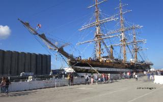 La Amerigo Vespucci, il leggendario veliero della Marina Militare Italiana a Catania