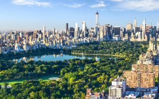 Dai costumi ''3 pezzi'' alla birra ''Alcohol Free'': i trend dell'estate 2019 arrivano da New York