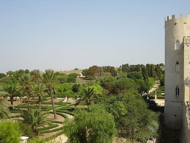 Veduta del parco del Castelllo di Donnafugata - ph Okkiproject