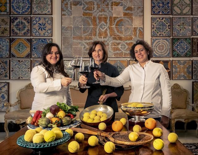 Da sinistra: Caterina Ceraudo, Patrizia Di Benedetto e Martina Caruso