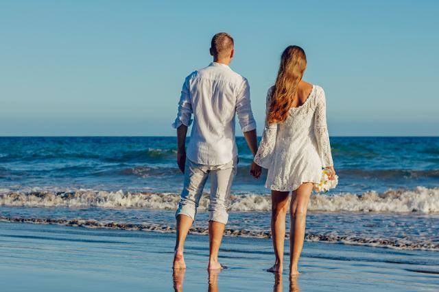 Secondo il motore di ricerca www.jetcost.it, una coppia italiana su cinque decide di divorziare o lasciarsi con il proprio partner dopo qualche giorno di svago e divertimento in vacanza...