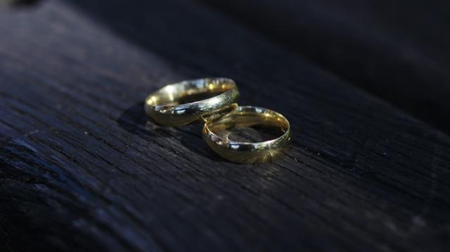 Sembra proprio che il matrimonio non sia più un buon affare...