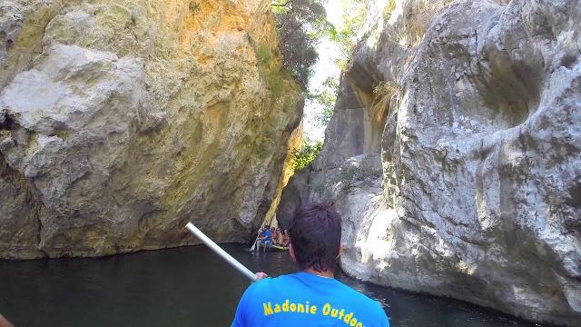 Escursioni con il gommone nelle Gole di Tiberio con l'associazione Madonie Outdoor