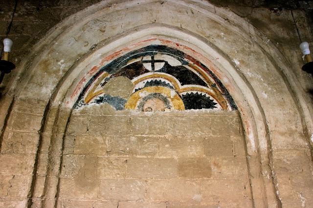 Resti di un affresco nel chiostro della Magione, lato sud-est - ph Matthias Süßen