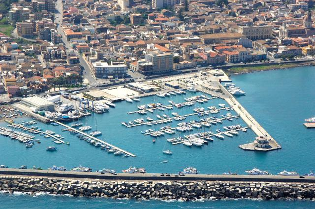 Il porto di Marina di Riposto