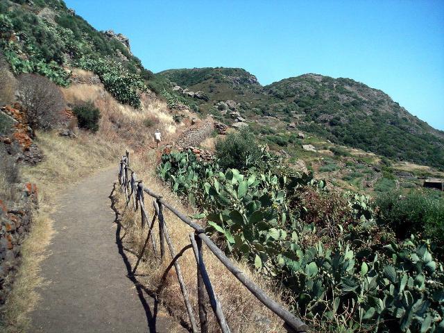 Il sentiero per Benikulà - ph Gino Roncaglia