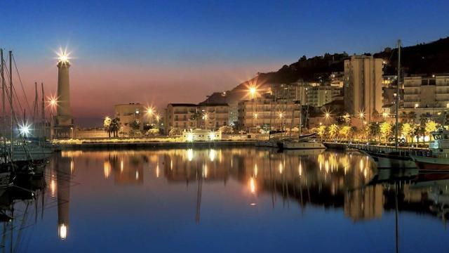 Il porto di Licata
