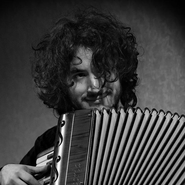 roberto-gervasi-trio-in-jazzy-accordion
