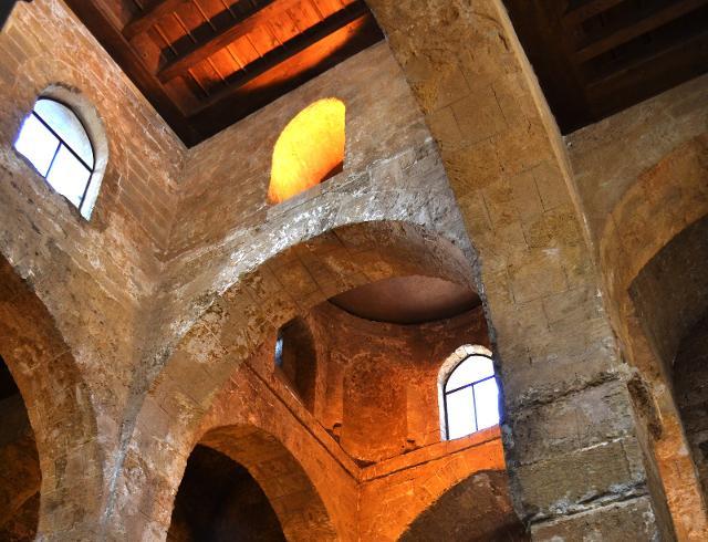 Interno della Chiesa di Santa Maria Maddalena