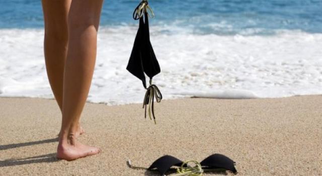 La vacanza ''senza veli'' per gli italiani non è più un tabù