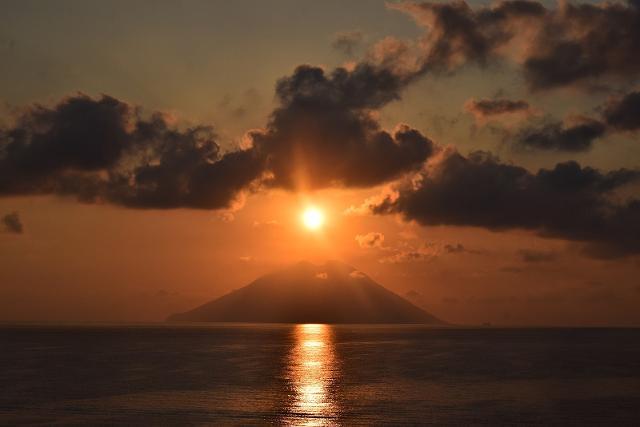 Tramonto sull'Isola di Stromboli