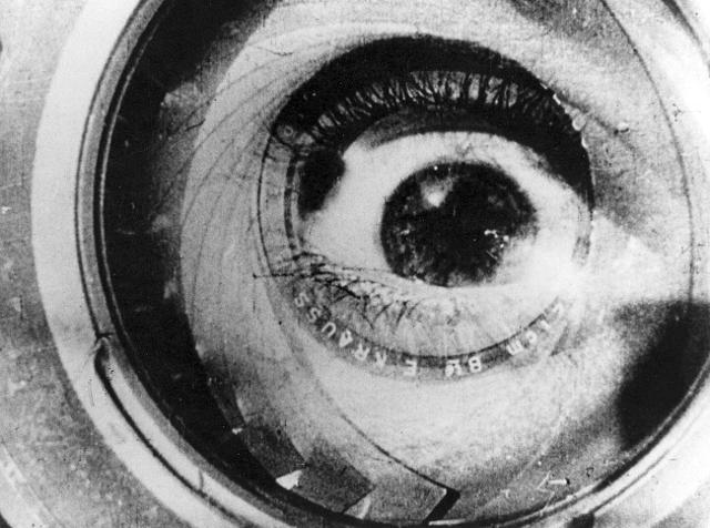 """""""L'uomo con la macchina da presa"""" 1929, Dziga Vertov"""