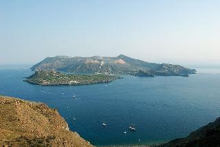 Straordinaria, leggendaria isola di Vulcano