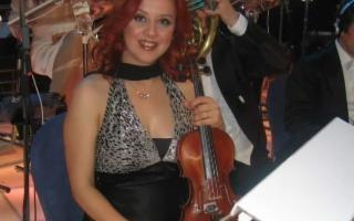 ''Al dondolio leggero della barca'', con l'attore Alessio Bonaffini e la violinista Luisa Grasso