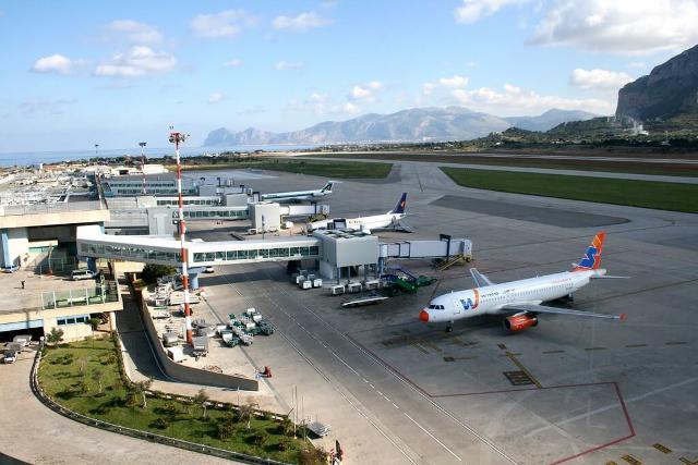 """Aeroporto """"Falcone e Borsellino"""" di Palermo"""