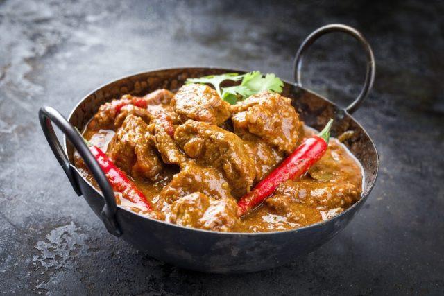 Sono invece da evitare gli alimenti conditi con molto pepe e sale, ma anche con curry e paprika.