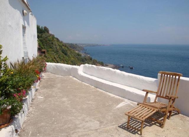 Terrazza lungo il percorso Pietra Monaca