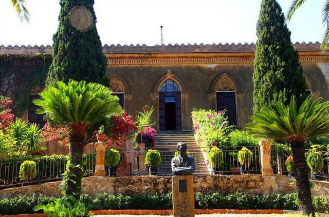 Alla scoperta del giardino di Villa Aurea, immerso nella Valle Templi