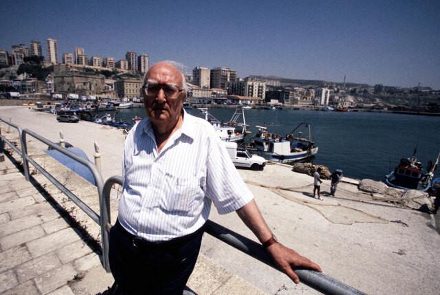 A Porto Empedocle il prossimo turismo è una crociera vista Camilleri…
