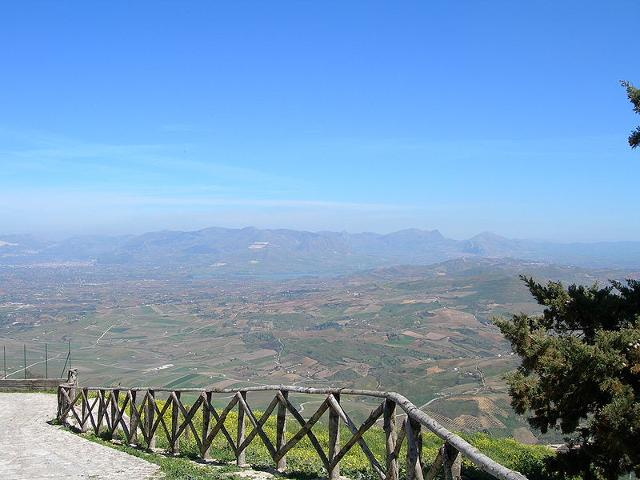 La campagna di Alcamo vista da Monte Bonifato