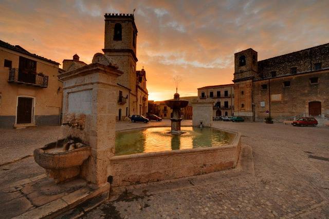 Parte la riqualificazione del centro storico di Palazzo Adriano