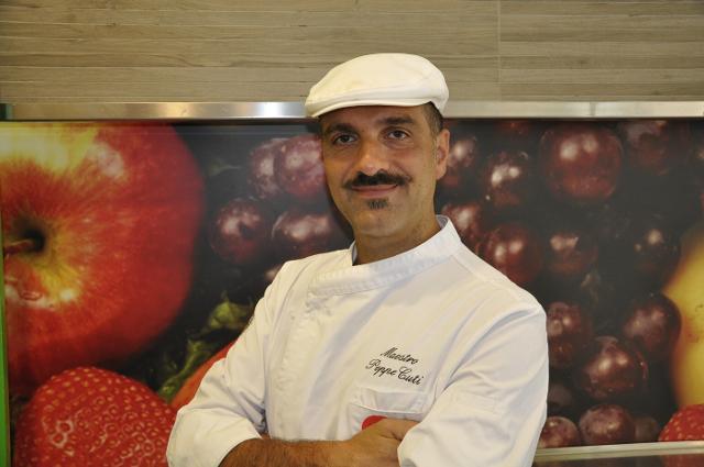 Il maestro gelatiere Peppe Cuti