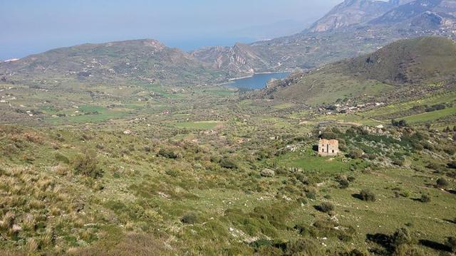 La Riserva di Pizzo Cane, Pizzo Trigna e Grotta Mazzamuto